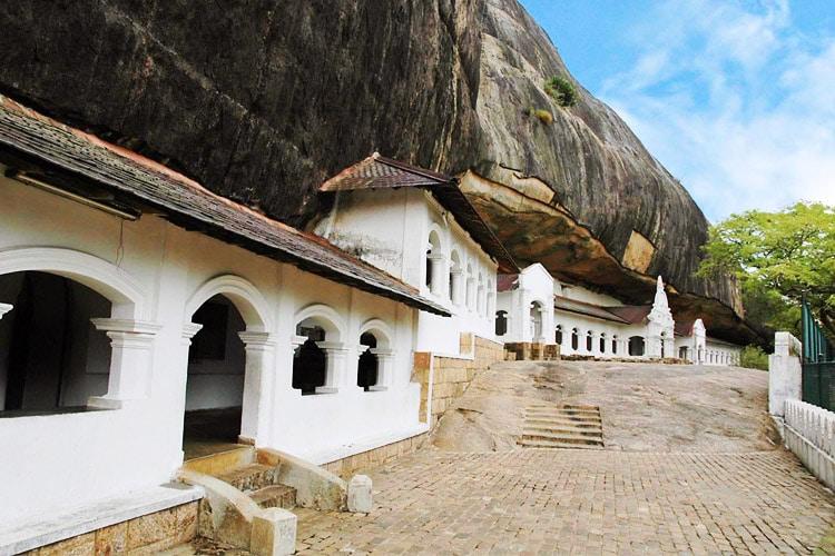sri-lanka-christi-tours-8n-9d-tour-dambulla