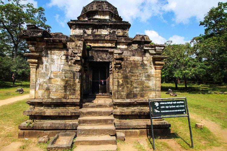 sri-lanka-christi-tours-8n-9d-tour-polonnaruwa