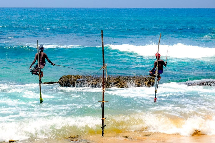 sri-lanka-christi-tours-sri-lanka-day-tours-galle-stilt-fishing-weligama
