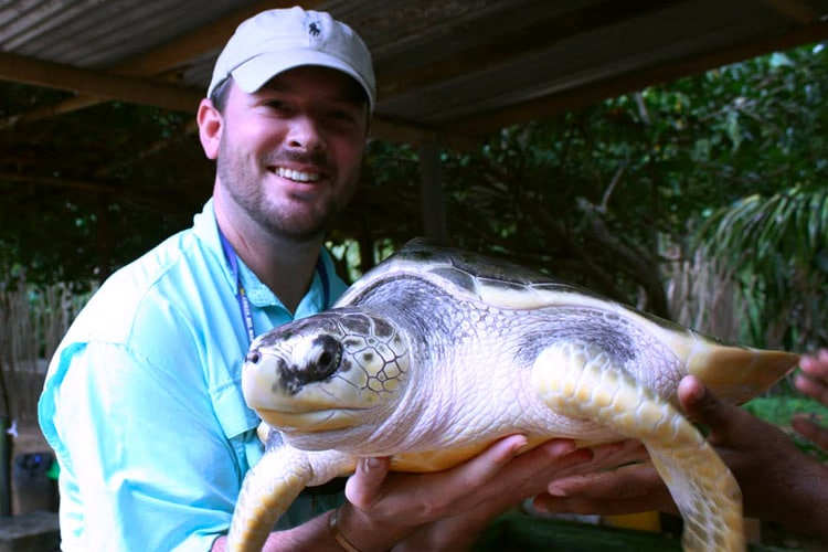 sri-lanka-christi-tours-15n-16d-tour-turtle-hatchery