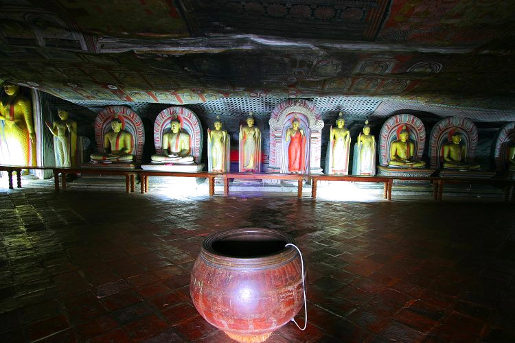 sri-lanka-christi-tours-7n-8d-tour-dambulla